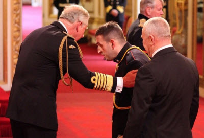 Ben Parkinson receives MBE from Prince Charles